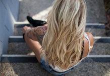 Jak stworzyć wymarzoną fryzurę na Sylwestra?